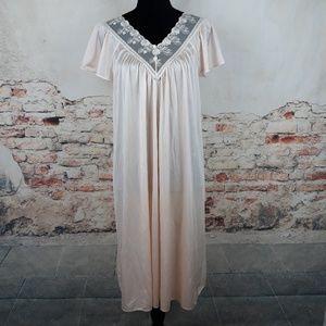 Vtg Shadowline Nightgown Nylon Sleepwear Peach